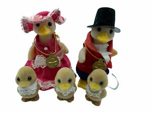 Calico-Critters-Sylvanian-Families-Waddlington-Duck-Families-Mayor