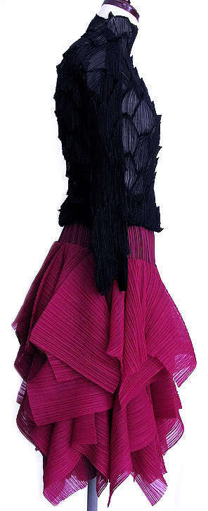 Pleats Please by Issey Miyake Maroon Gorgeous and Wild Skirt  Size 5 Very Rare