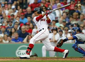 Mookie-Betts-Boston-Red-Sox-UNSIGNED-8x10-Photo-C