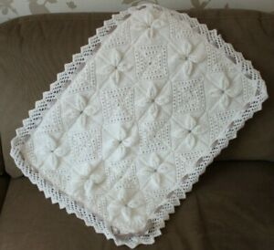 NEW BEAUTIFUL HAND KNITTED LINED WHITE BABY BLANKET
