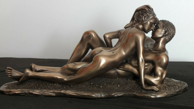liebende,27x12cm,skulptur,bronziert,figur,paar,pärchen,erotik,sex on the beach