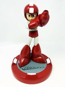 SDCC-2016-Exclusive-Capcom-Mega-Man-Megaman-25th-Anniversary-10-034-LED-Statue