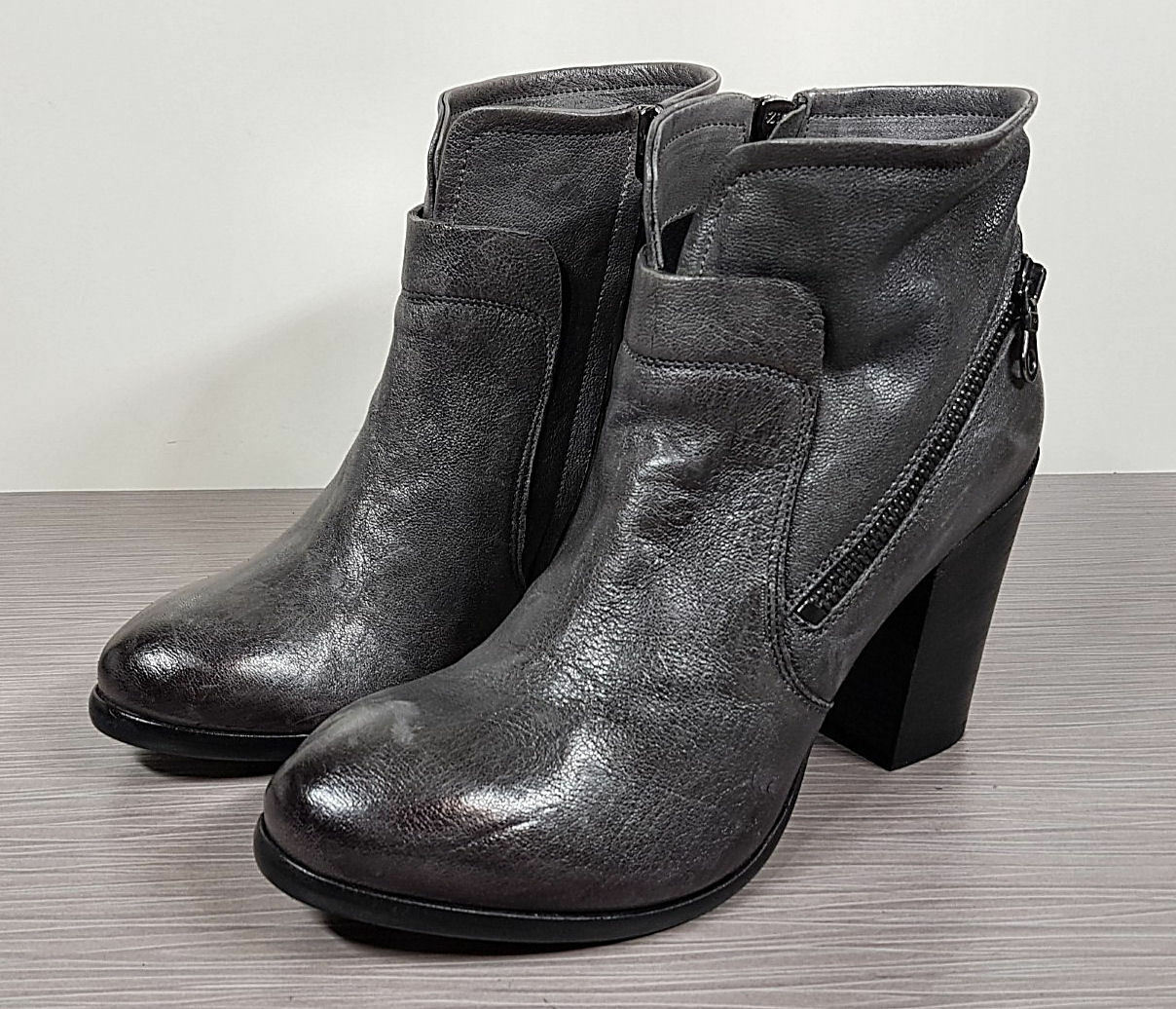 KBR Grey Leather Bootie, Womens size 10 / 40