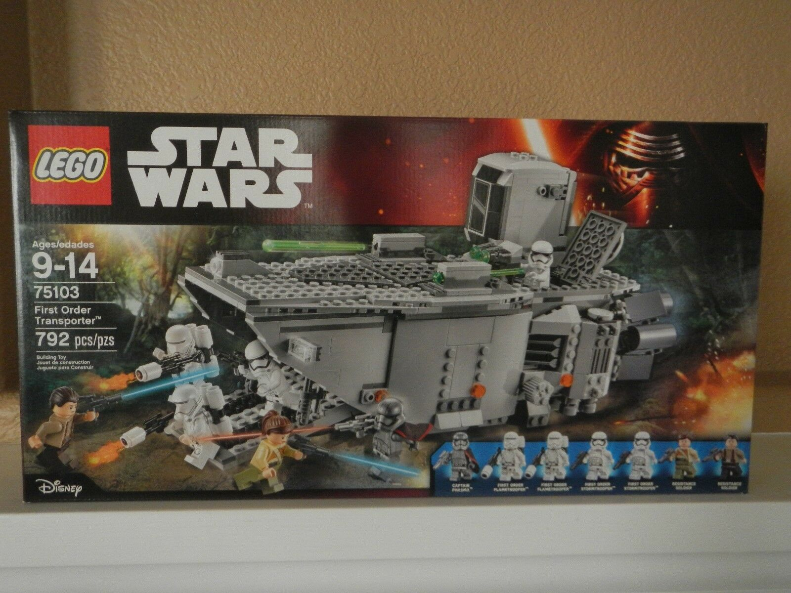LEGO -NIB~ Star Wars   75103 - First Order Transporter