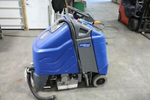 Windsor-Chariot-iExtract-Ride-On-Carpet-Cleaner-low-hours-60