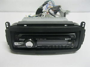 Sony CDX-GT4 30U CD Player/MP3 WMA  AAC In Dash Receiver Xplode-Working