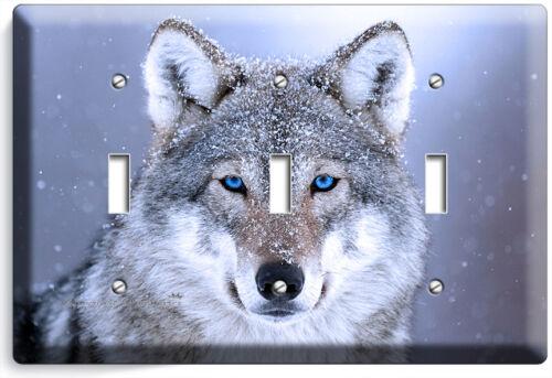 Sauvage Loup gris yeux bleus Interrupteur De Lumière Prise Plaque Murale Couverture Chambre Room Decor