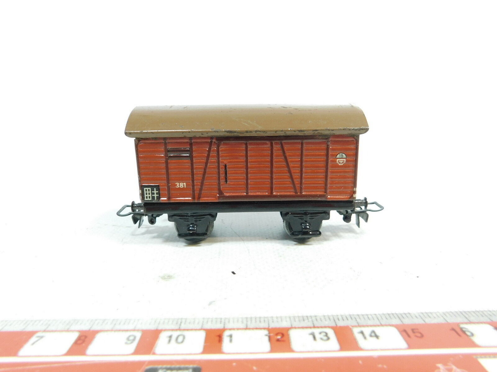 An244-0, 5  MÄRKLIN H0 00 AC TIN GOODS WAGONS 381, Stub Axles, Very Good