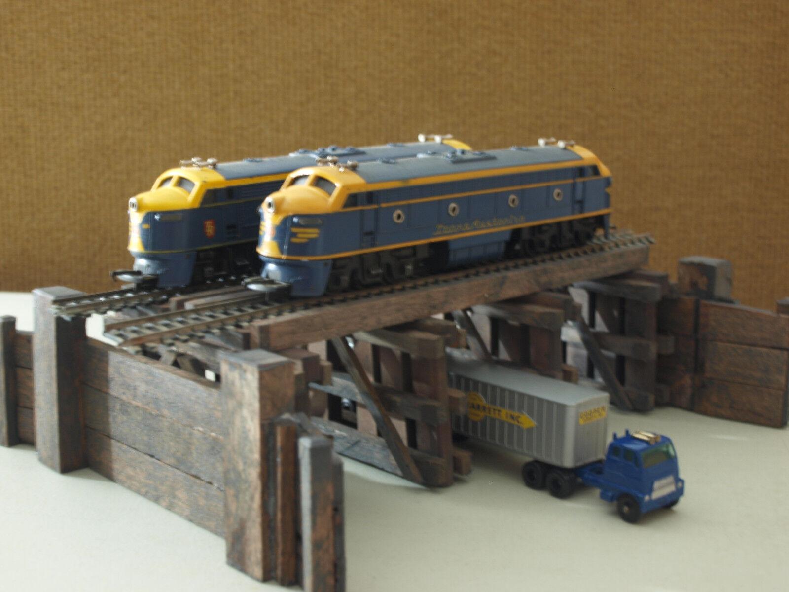 Railway Double Trestle Bridge OO HO Train Layout (Hornby, Atlas etc. Ingreened V)