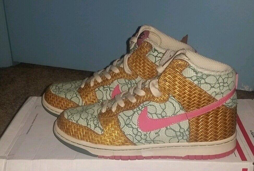 Nike Dunks Desert Bloom Womens Size 8