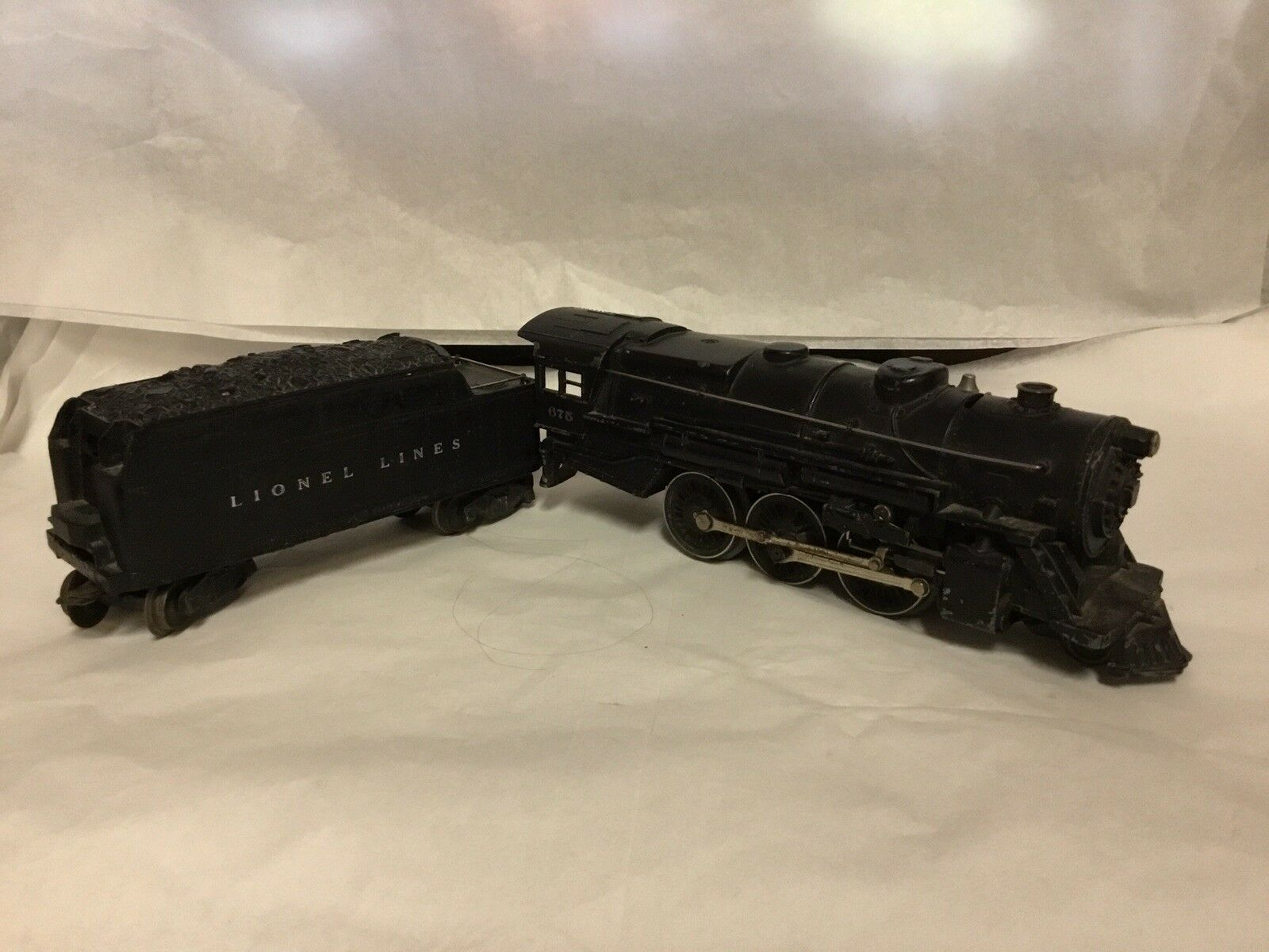LIONEL  O  GUAGE LOCOMOTIVE WITH 2466WX TENDER