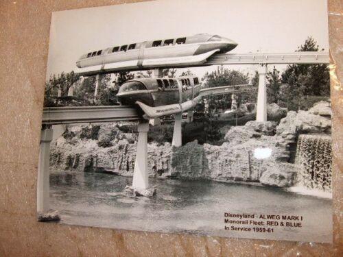 Disneyland Mark 1 Monorails Red /& Blue FLEET circa 1959 Staged Press image