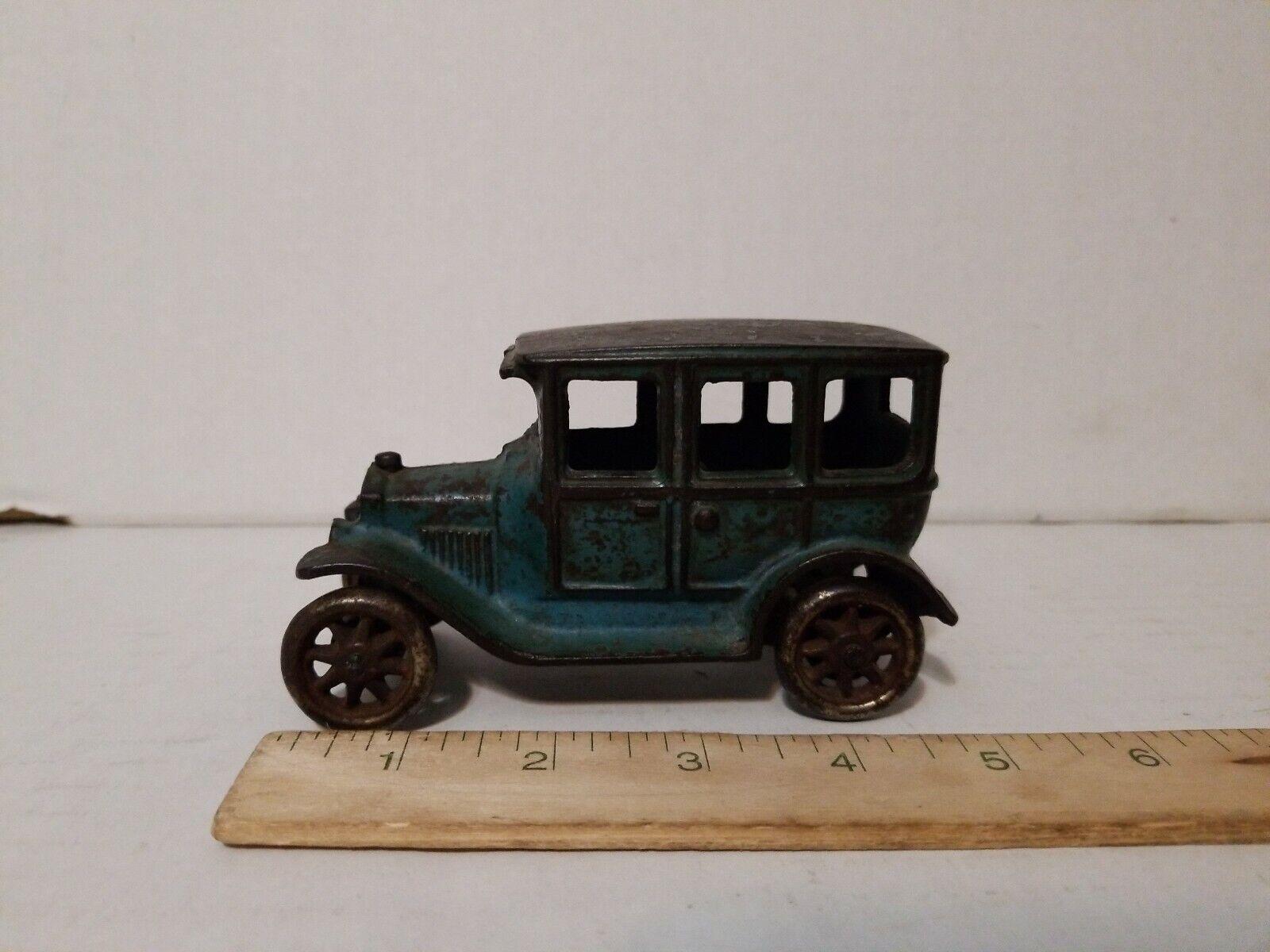 ARCADE CAST IRON 1928 FORD modello T SEDAN 4 door 5  giocattolo ANTIQUE