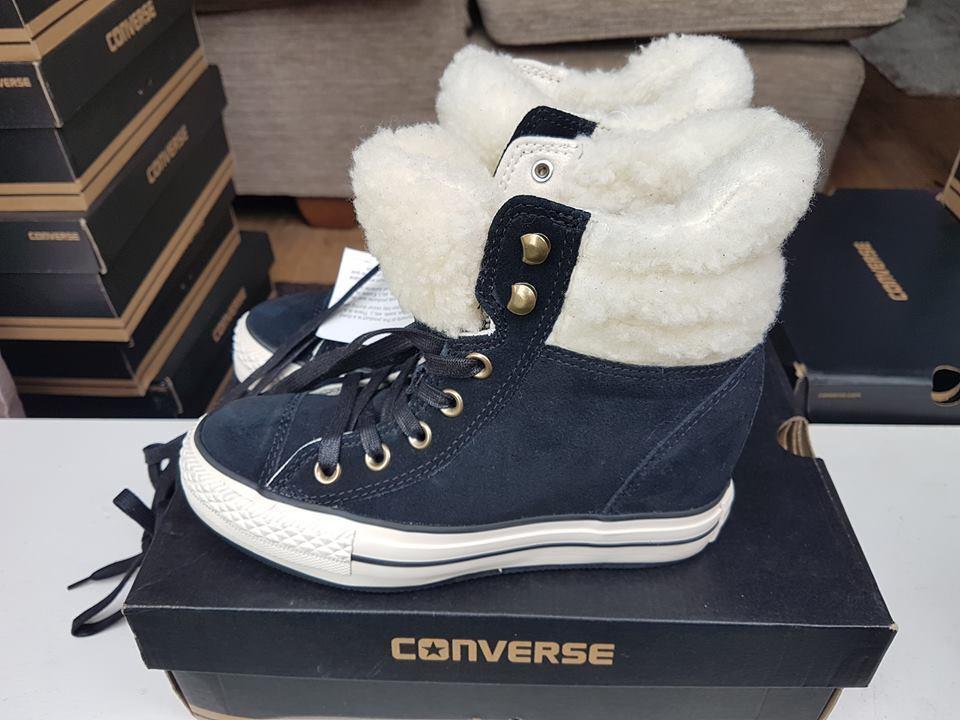 Reduced Converse womens all star hi fur collar for christmas size 3,5 EU36