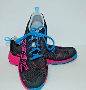 Zoot-Black-Hot-Pink-Shoes-Z130102101-Sz-9-5M