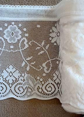 Vintage Doves vignette cotton cafe curtain Nottingham lace valance bris-bise