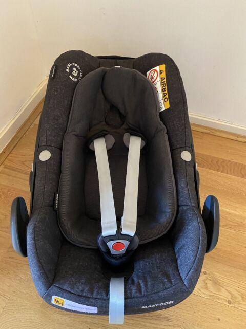 Maxi Cosi Pebble Plus Car Seat Group 0+ i-size & Newborn Insert Only Used TWICE