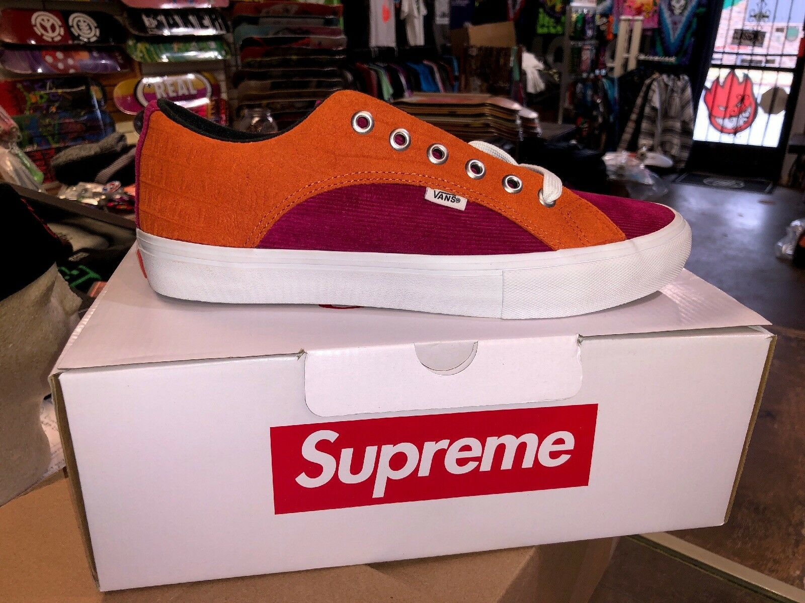 Supreme Vans Crocodile Corduroy Lampin Rust orange CROC SUEDE Size 11 New In Box