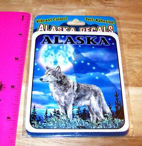 Alaska-sticker-Decal-Wolf-at-night-Vibrant-colors-Beautiful-Alaska-collectible