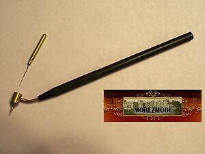 M00528 MOREZMORE Kemper Gold Pen SMALL Fluid Writer Liquid Metallic Pysanka T20