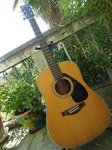 Guitare-FOLK-YAMAHA-90-039-FG-sans-etiquette-FG335-FG340-DREADNOUGHT-a-saisir