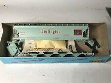 HO scale Athearn Burlington CB/&O covered hopper  1923   CB/&O 184507 built