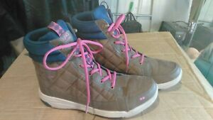 12 Shoes Quilted Brown, Navy, Pink Nice