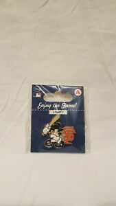 2010-MLB-WS-CHAMPS-DISNEY-SAN-FRANCISCO-GIANTS-MICKEY-MOUSE-BATTING-PIN-NEW-AGP