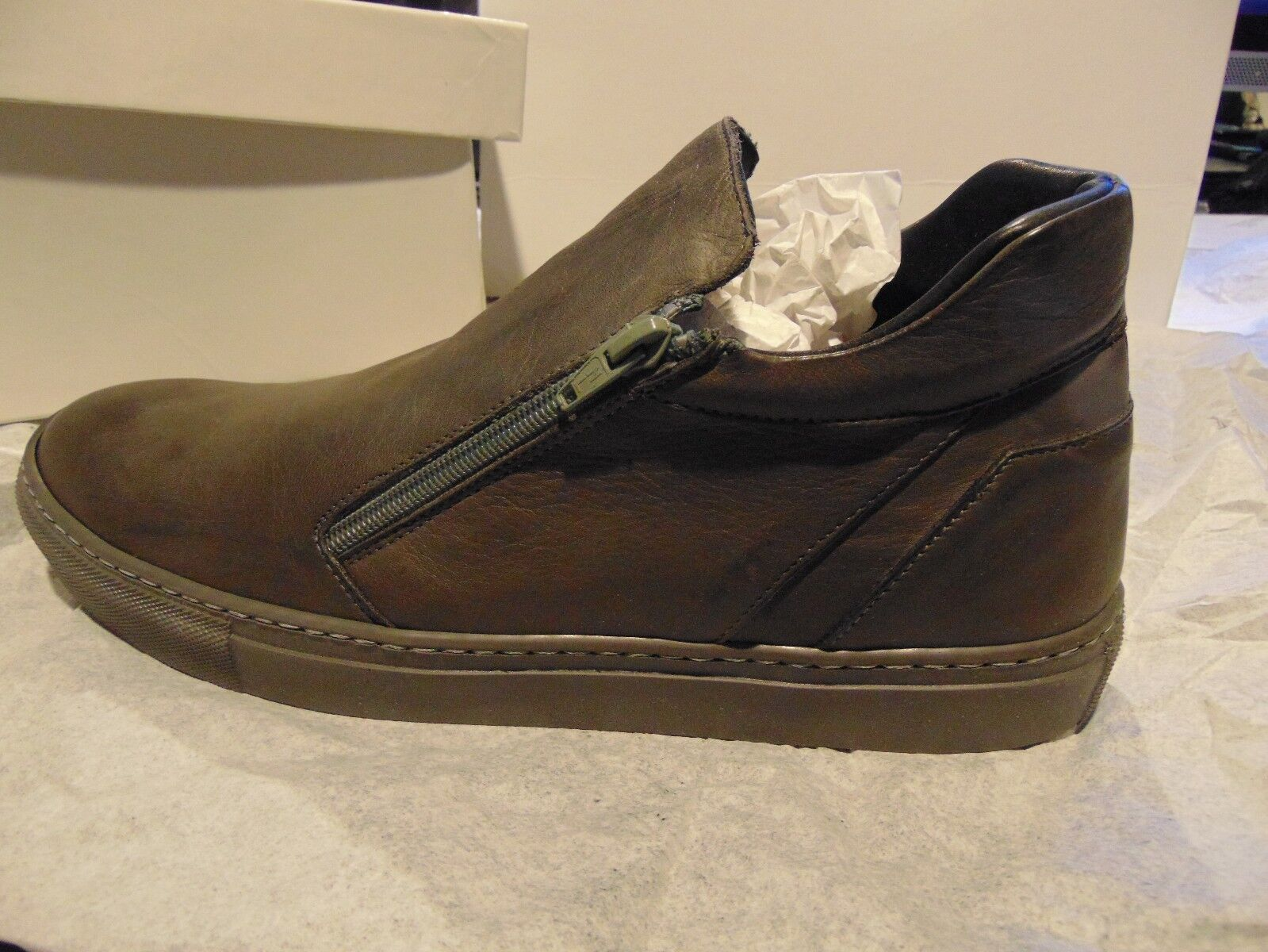 DESIGNER  PIERRE DARRE  ITALY LEATHER SHOES, SIZE EU-44, US-11. STUNNING