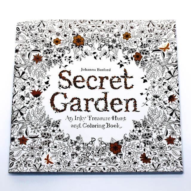 Secret Garden An Inky Treasure Hunt and Coloring Book by Johanna Basford &Pencil