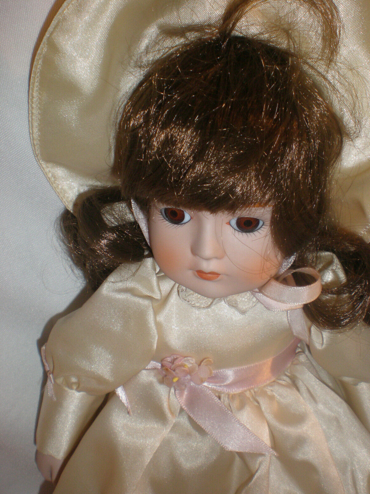 Gorham Rebecca Musical Porcelain Doll box VT639 1984 new without box Doll 6c6a62