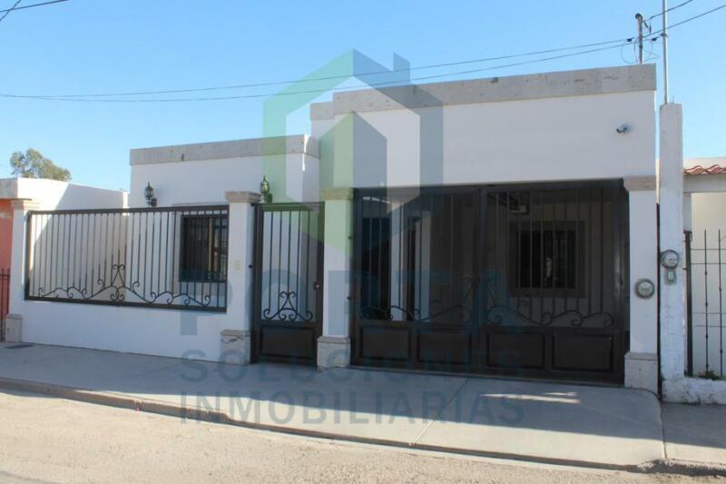 Casa en venta en la colonia Constitución, Ciudad Obregon