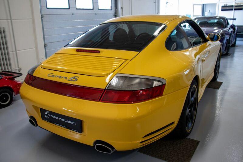 Porsche 911 Carrera 4S Coupé Tiptr. - 6