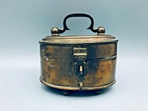 Vintage-Brass-Box-with-Lid-Handle-Feet-and-Latch