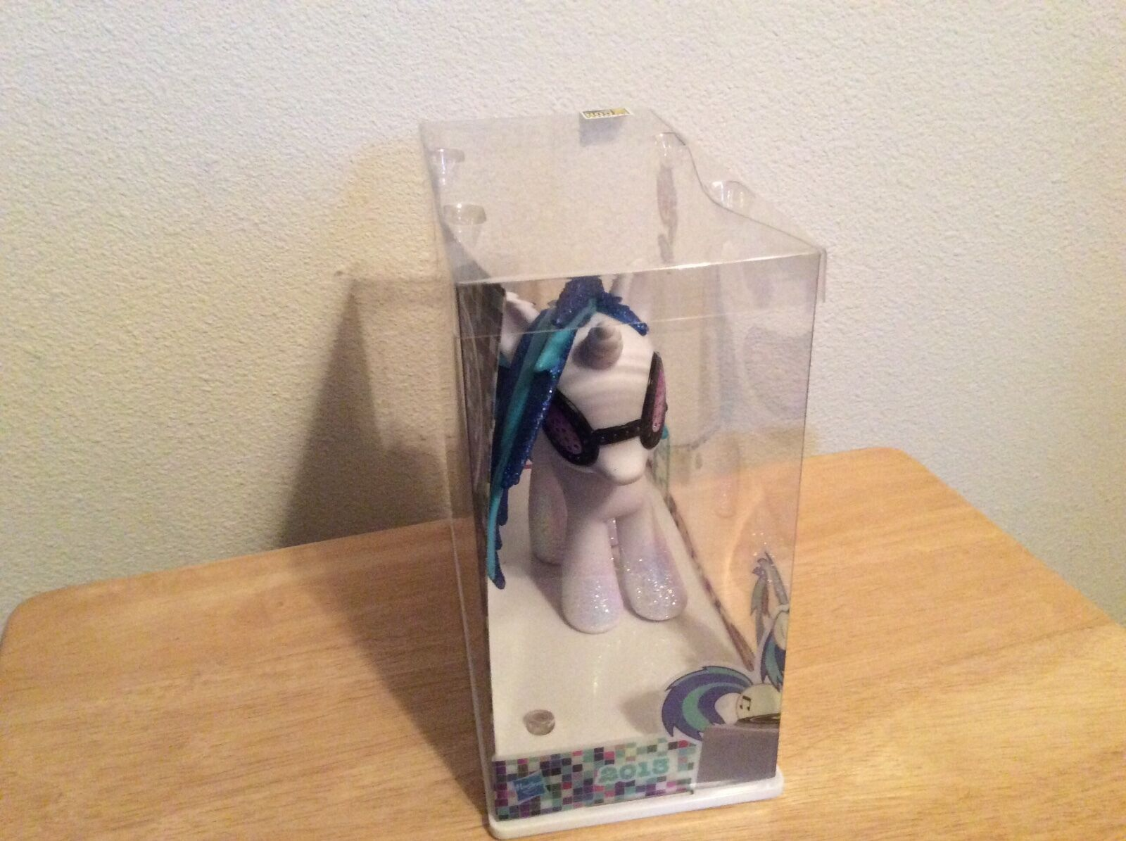 SDCC 2013 Exclusive My My My Little Pony Friendship is Magic  DJ Pon 3 New unopened d89e07