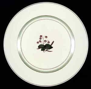 Royal-Copenhagen-QUAKING-GRASS-Dinner-Plate-547681