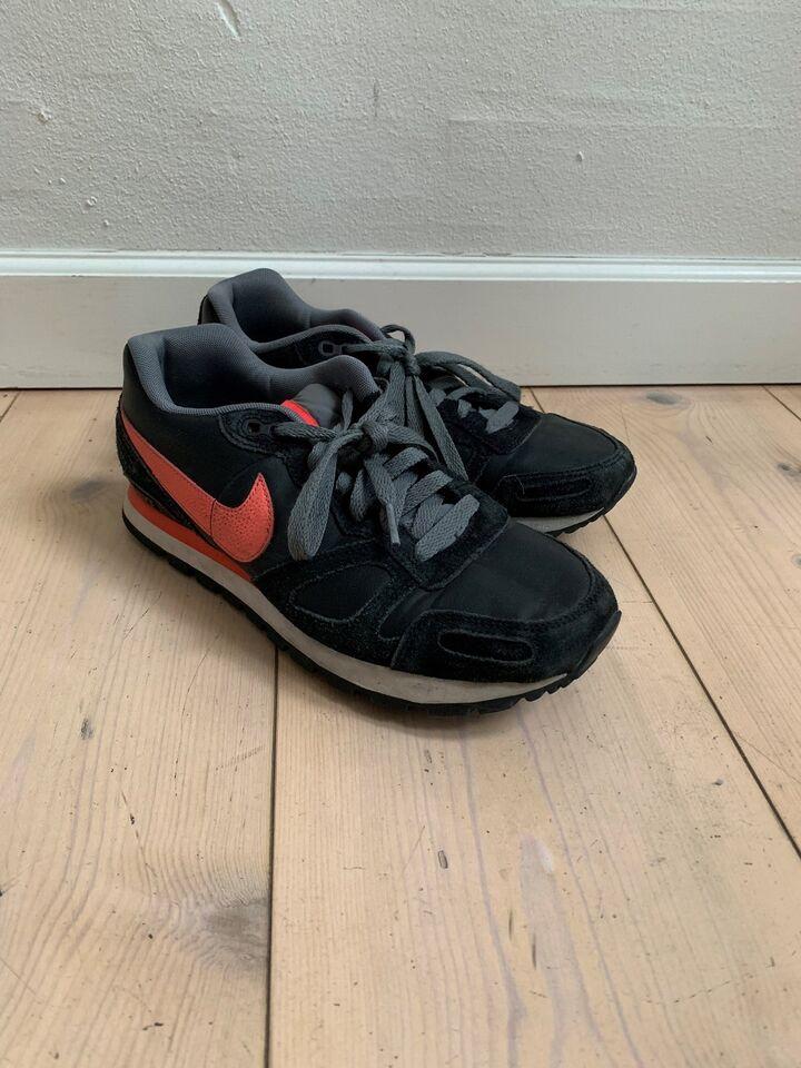 Sneakers, str. 40, Nike, Hvid, God men brugt