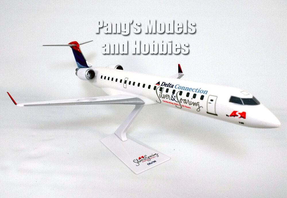 Bombardier CRJ700 (CRJ -700) Delta anslutaion ASA 1  100 skala Plastic modellllerler