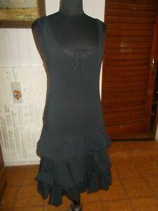 Robe-noir-bretelles-3-volants-lourds-MARITHE-amp-FRANCOIS-GIRBAUD-42-7US-46IT