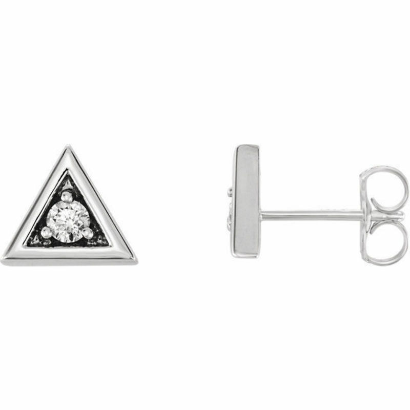 1 8 CTW Diamond Triangle Earrings In 14K White gold