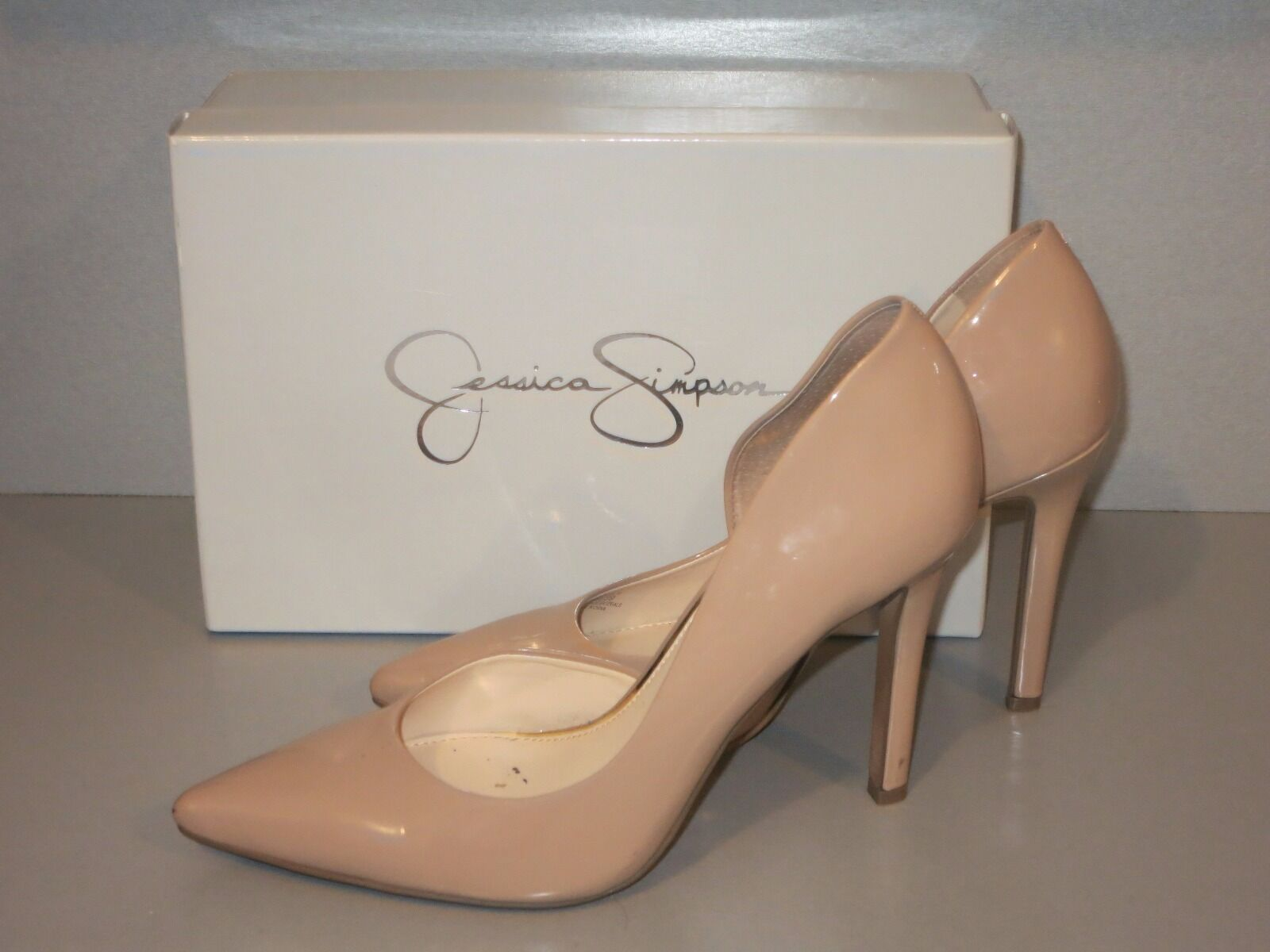 Jessica Simpson's natural Pumps. patent women's Pointed-Toe d'Orsay Pumps. natural Used once. f41727