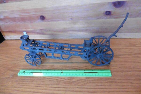Intelligente Vecchio Ghisa Giocattolo Vintage Cavallo Tirato Carro Buggy Ruota Antico Rusty