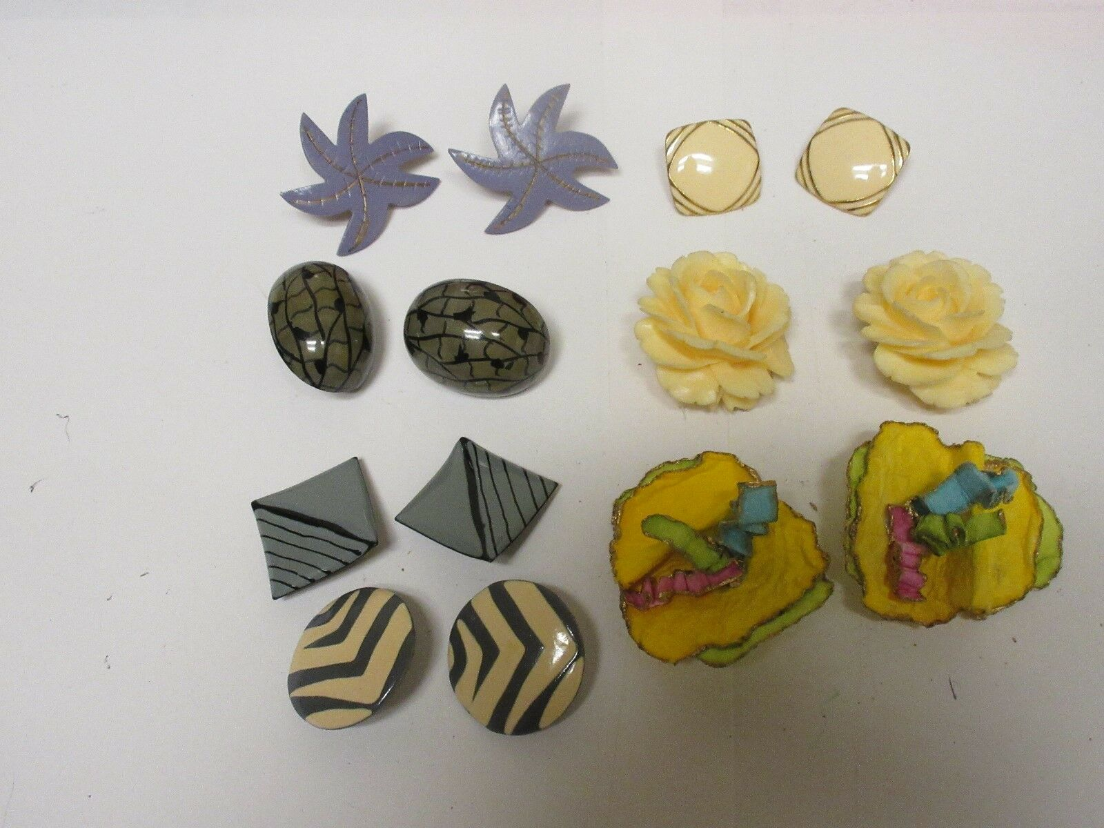 Costume Jewelry , Mixed Media Earrings , 7 Pair , Pleas