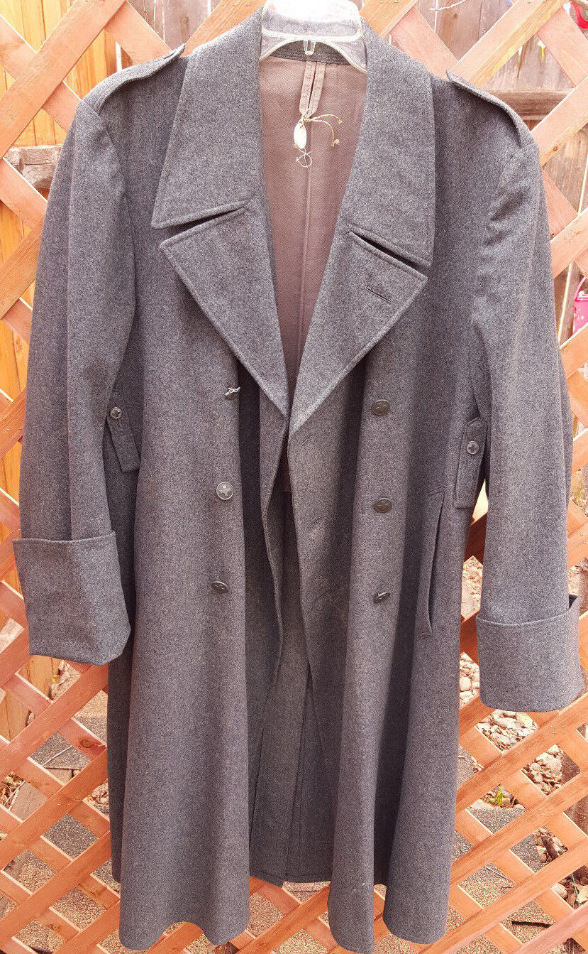 Vtg Euro Military Overcoat/Trenchcoat-Wool-48-Grün-Cross Buttons-Mid Century
