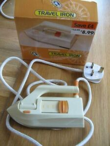 WOOLWORTHS-COMPACT-TRAVEL-IRON