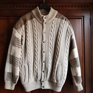 Giubbotto-invernale-da-uomo-in-maglia-di-lana-beige-imbottito