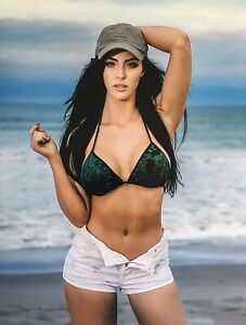 Peyton-Royce-Photo-8X10-WWE-THE-ICONICS-NXT-AEW-WCW-WOW-ROH-DIVAS-PRINT