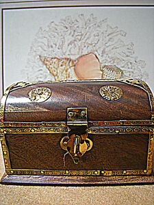 """Handcrafted in India Wood Treasure Chest Brass Adorned 4.5"""" X 2.5"""" New Old Stock"""