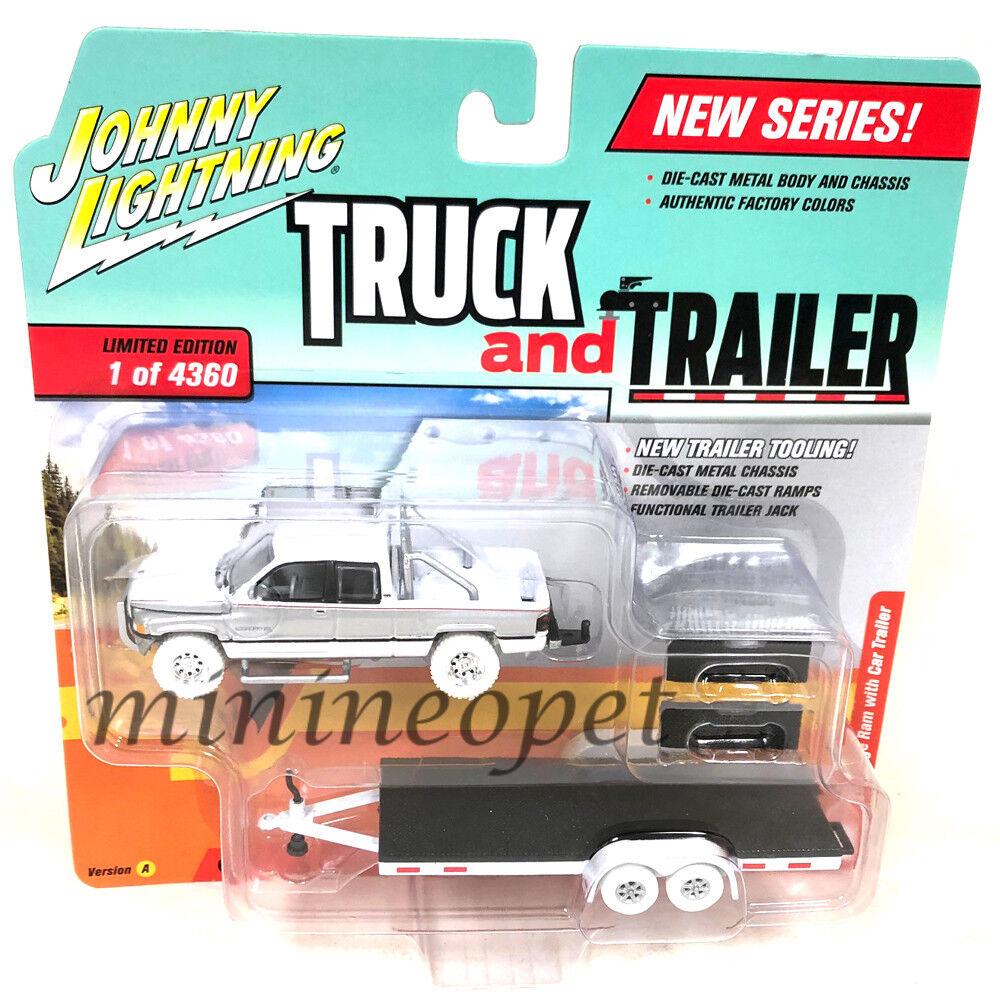 JOHNNY LIGHTNING JLCP7085 A 1996 DODGE RAM & CAR FLATBED TRAILER 1 64 Chase