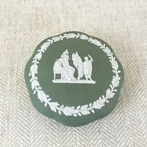 Wedgwood-Jasperware-Green-Trinket-Box-Lidded-Pot-Sage